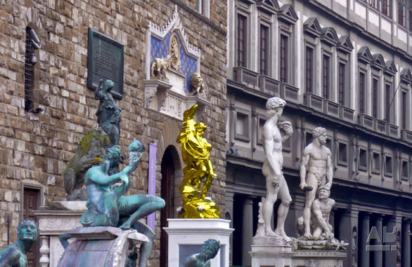Jeff Koons in Florence, Pluto and Proserpina, Piazza Signoria, Firenze, Italy