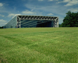 Norman Foster, Foster + Partners, Sainsbury Centre for the Visual Arts, Lanning Roper, Norwich, Norfolk, England