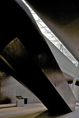 Rudy Ricciotti Mario Bellini Louvre Cour Visconti