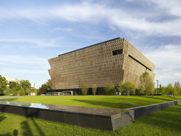 David Adjaye, The Freelon Group, Davis Brody Bond, SmithGroup JJR, NMAAHC, Smithsonian National Museum of African American History and Culture, Washington D.C.