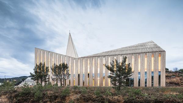 RRA Reiulf Ramstad Arkitekter, Knarvik kyrkje, Knarvik Community Church, Lindås, Hordaland, Norway