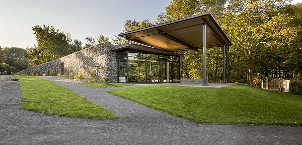 Pavillon d'accueil de la Seigneurie des Aulnaies, Visitor Centre, AC /a AnneCarrier architecture, St-Roch-des-Aulnaies, Quebec, Canada