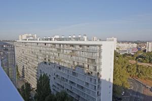 Lacaton & Vassal, Frédéric Druot, Christophe Hutin, Grand Parc Bordeaux, Transformation of 530 dwellings, Aquitaine, France